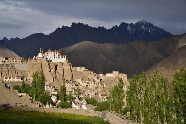 Monastère de lamayuru au Ladakh - Voyage à moto Transhimalayenne et Ladakh, Inde, Himalaya
